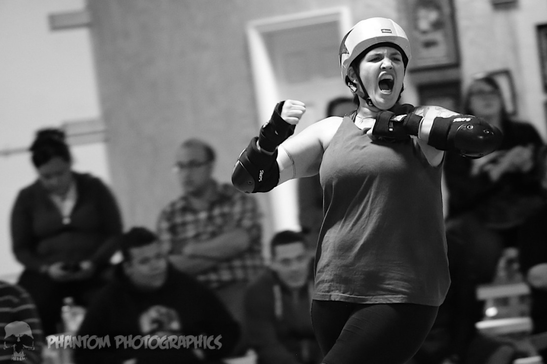 10 Reasons YOU Should Watch Roller Derby